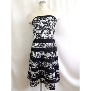 White House Black Market Size 16 Cocktail Dress